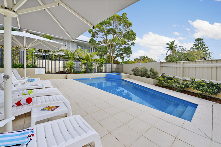 Iluka Apartments - Pool